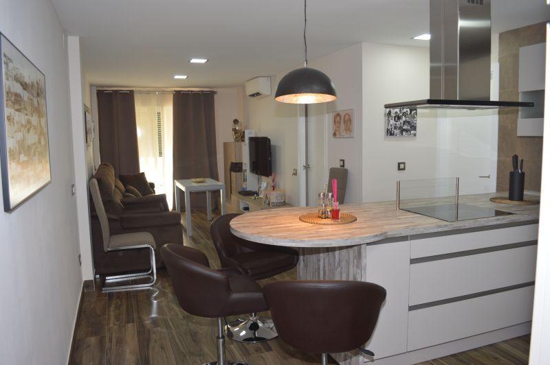reforma cocina piso triana